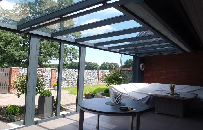 Glasoase Sommerwintergarten Panoramaschiebewand