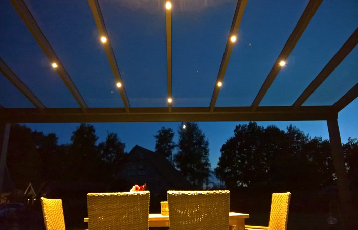 Terrassendach mit LED